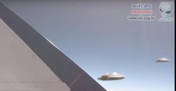 2 UFO repült a vadászgépek közelébe