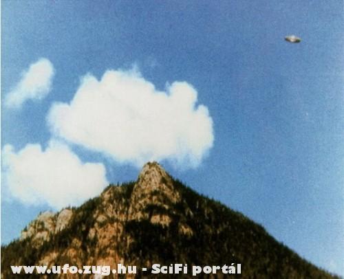 Ufo a hegy fele
