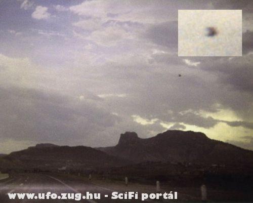 UFO az országúttól nem messze