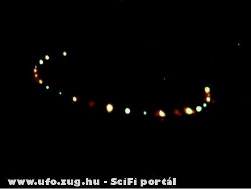 Alakzatot formálnak az ufo-k