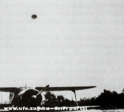 UFO a repülõ felett