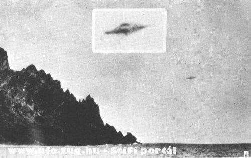 UFO a vízparttól nem messze