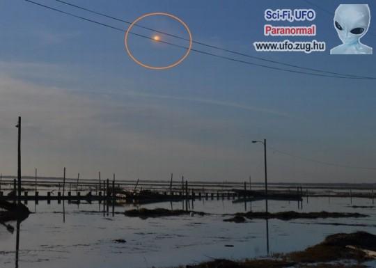 Rejtélyes fényfolt az égen, újabb UFO észlelés!?