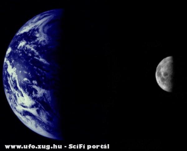 Hold és Föld az ufó ablakából!