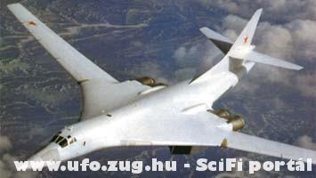 Orosz nehéz bombázó TU-160as.