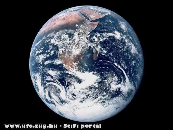 Otthonunk: A Föld