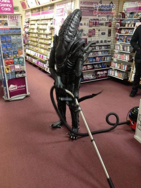Takarító alien