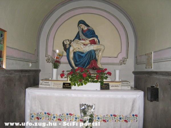 Szentkúti emlék Szüzanya kezében Jézus