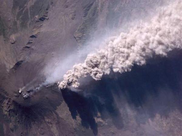 Az Etna kitörése fentrõl