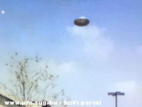 UFO Kaposvár felett 2009. okt. 23. (saját fotó)