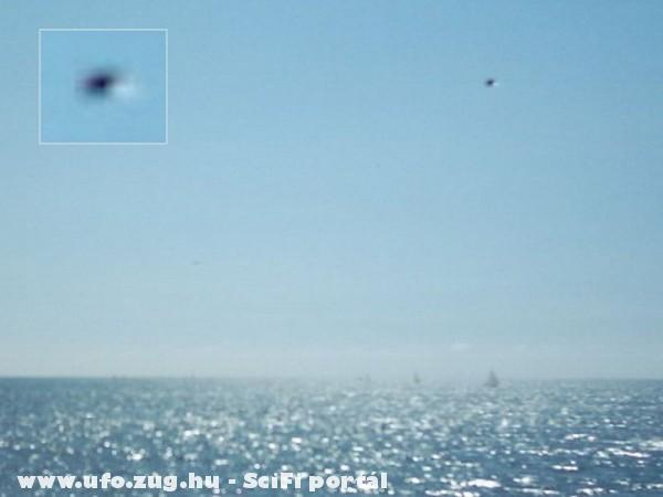 Ufo a tenger felett