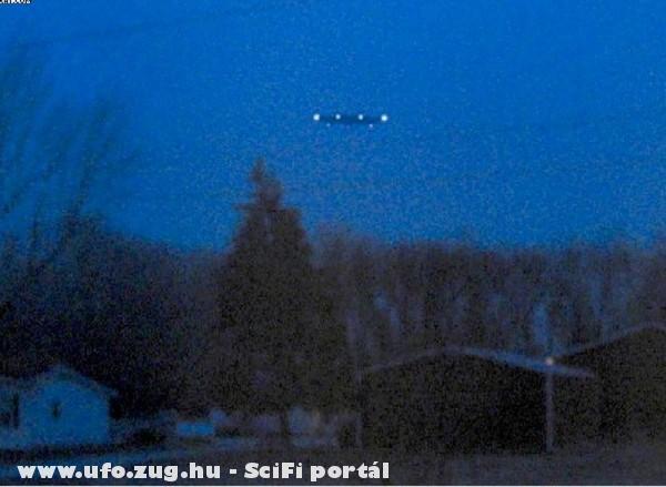 Ufo a házak felett!