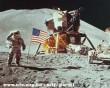 A holdon épp ott volt az élet!